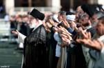 رهبر معظم انقلاب اسلامی در خطبههای نماز عید سعید فطر: حکام بحرین و سعودی با خیانت به فلسطین در باتلاق گام نهادهاند